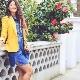 O que posso usar com uma jaqueta amarela?
