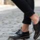 Sapatos de couro preto