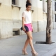 Celana merah jambu