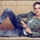 Sotilaallinen tyyli naisten vaatteissa