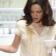 Hoe de vlek op koffie met kleding te wassen?