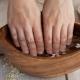 Koken baden om nagels te versterken