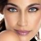 We kiezen make-up voor amandelogen