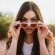 Alegerea ochelarilor de soare pentru o față alungită