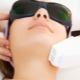 Laserpeeling: beschrijving van de procedure, voordelen en schade eraan