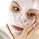 Maskers van zure room voor het gezicht thuis: de voordelen en schade, recepten en gebruik