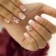 Franse manicure met een patroon