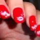 Manicure met lippen: originele ideeën en tips voor de uitvoering ervan