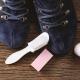 Como limpar sapatos de camurça em casa?