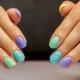 Interessante ideeën heldere manicure voor korte nagels