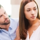 Gebrek aan jaloezie in relaties: wat betekent het en moet er iets gebeuren?