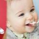 Zilveren lepels voor kinderen: wanneer en waarom worden ze gegeven?