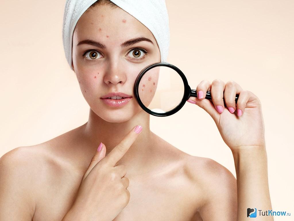 Schoonheid met lichte huid gemasseerd en geneukt