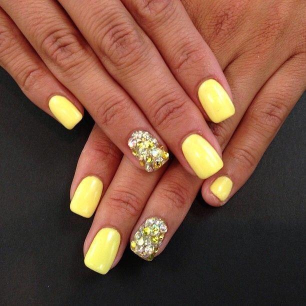 Manicura Con Gel Laca Amarilla 55 Fotos Diseño De Uñas En