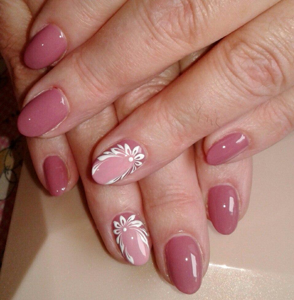 Manicure Dla Kobiet Po 40 Latach 37 Zdjec Wybierz Projekt