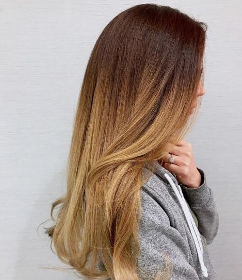 Coloration des cheveux balayazh cheveux courts