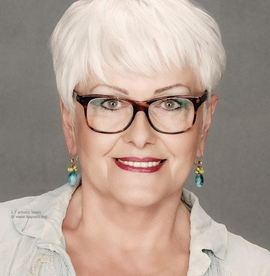 Potongan Rambut Untuk Wanita Selepas 50 Tahun 66 Foto Petua Dan Idea Untuk Mencipta Gaya Rambut Bergaya Moden Potongan Rambut Wanita Bergaya Untuk Wanita Dengan Rambut Pendek Dan Panjang