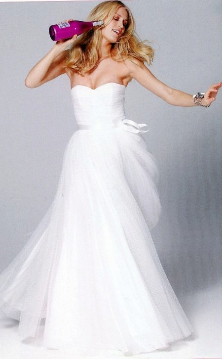 Esküvői ruha draping a bodice