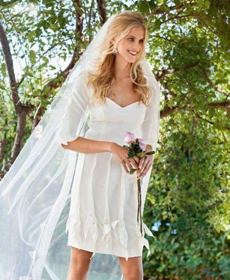 Esküvői ruha frill