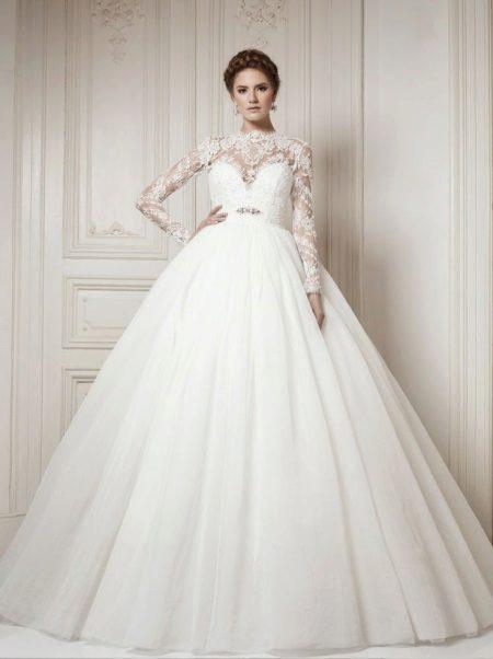 Сватбена рокля за бременни жени великолепна