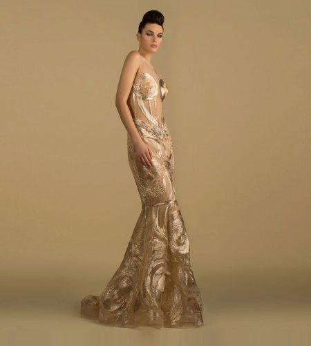 Saiid Kobeisy tervező bézs estélyi ruha