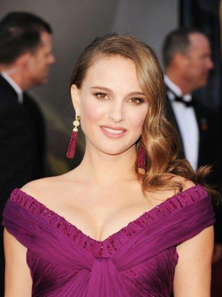 Make-up pro fialové šaty Natalie Portman
