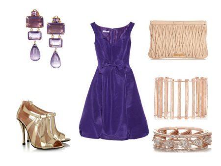 Fialové šaty doplňky