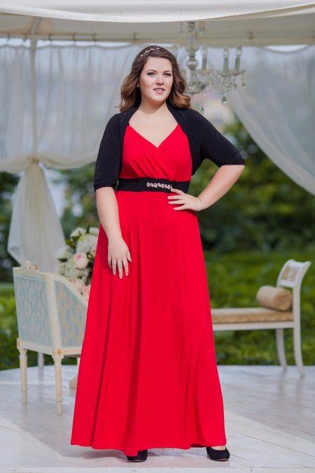 Vesteix a l'estil grec per complet