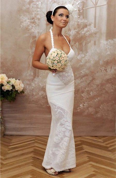 Esküvői ruha filé betétekkel