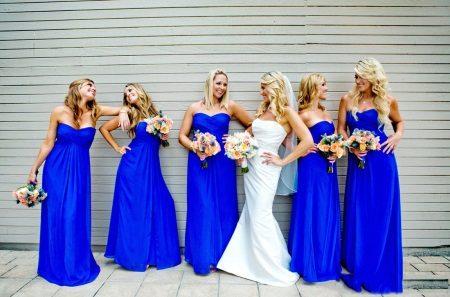 Sininen mekko bridesmaids