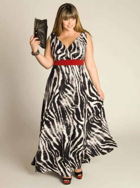 Vestit de nit complet amb un patró de zebra
