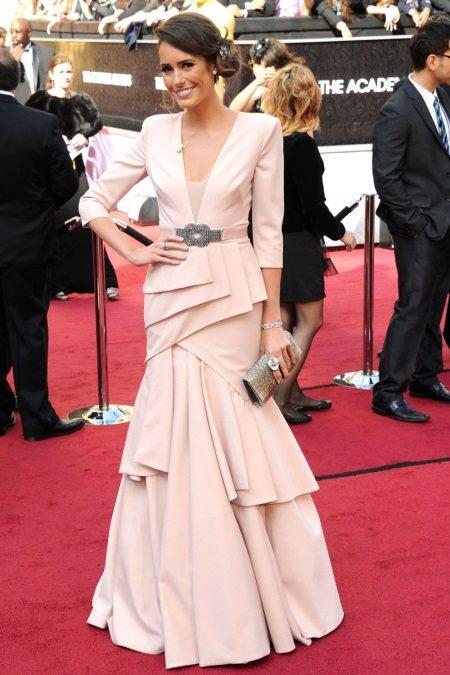 Vestido de noite rosa para mulheres de 50 anos