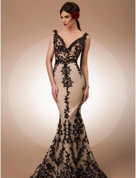 Vestido de sereia com renda
