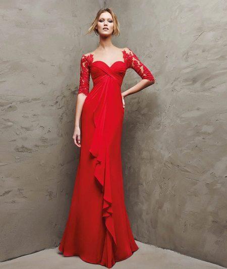 vestido de noite vermelho com guipura de Pronovias