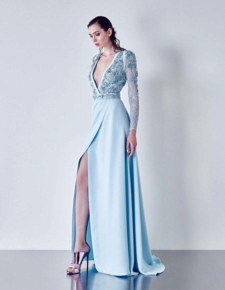 Vestido de noite com mangas azuis