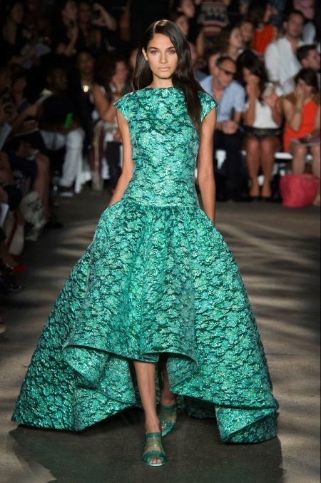 Evening summer green dress with a pattern