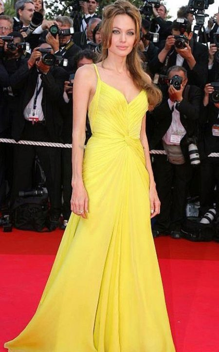 Yellow evening dress Angelina Jolie