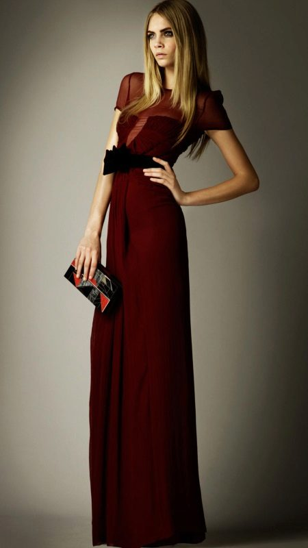 Evening dress burgundy with clutch