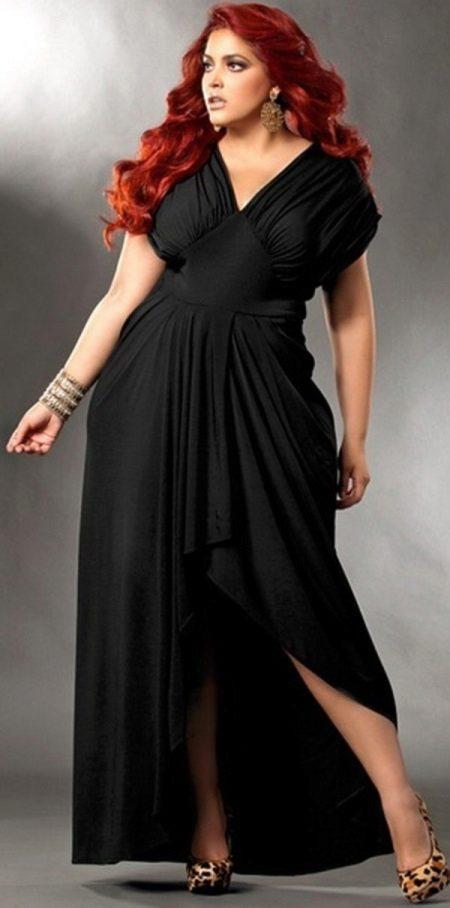 Vestit de nit negre completament llarg amb faldilla asimètrica