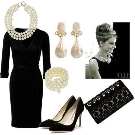 Vestit negre amb perles - accessoris