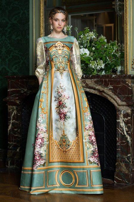 Vestido de noite 2016 de Alberta Ferreti em estilo barroco