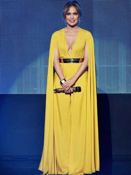 Beautiful yellow dress Jennifer Lopez