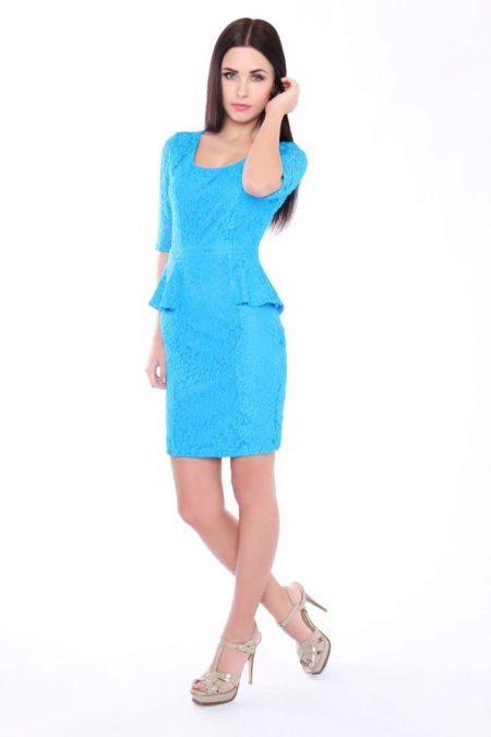 Blauwe jurk met bask