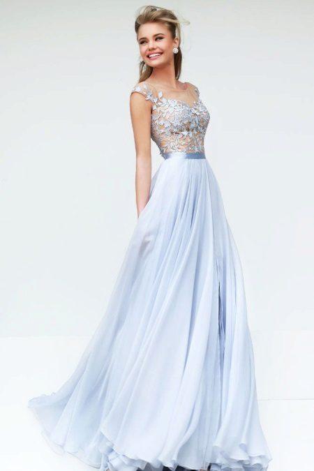 Blød blå kjole