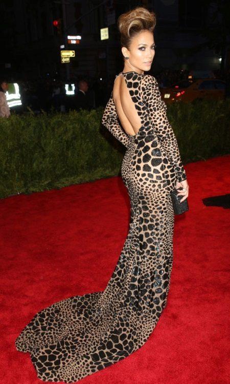 Leopar yere uzun elbise