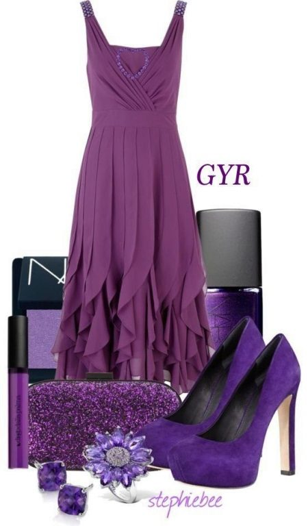 Eggplant dress, lilac and black accessories