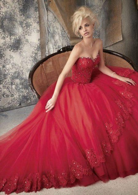 Magnificent dress of crimson color