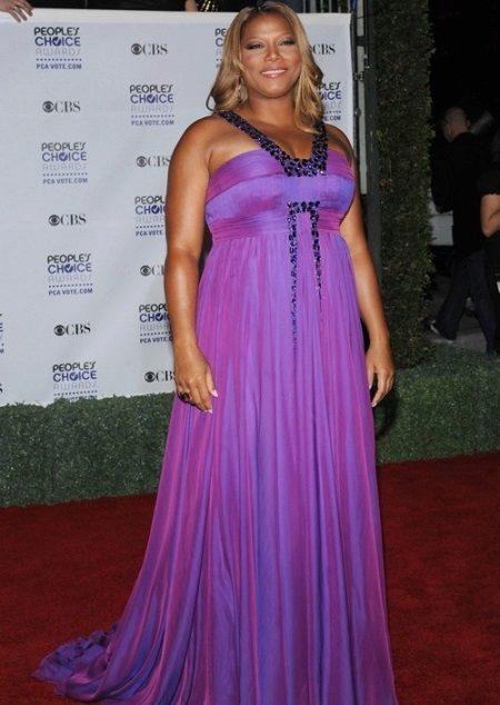 Een lange jurk in een vloer van een correct gesneden figuren verbergen van zwaarlijvige vrouwen