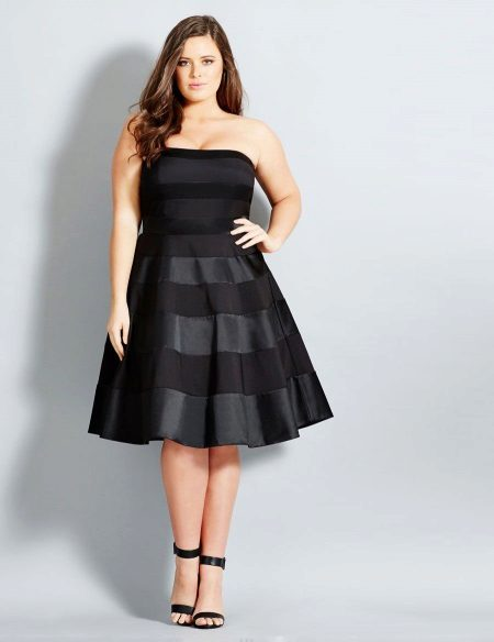 Black dress that hides the belly for a full girl