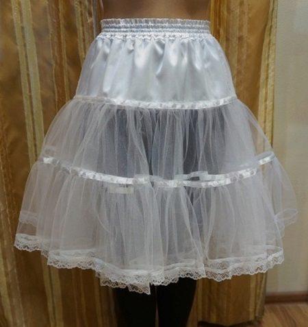 Petticoat rövid gyűrűk nélkül